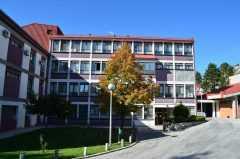 Поликлиника в Цетинье (Dom zdravlja)