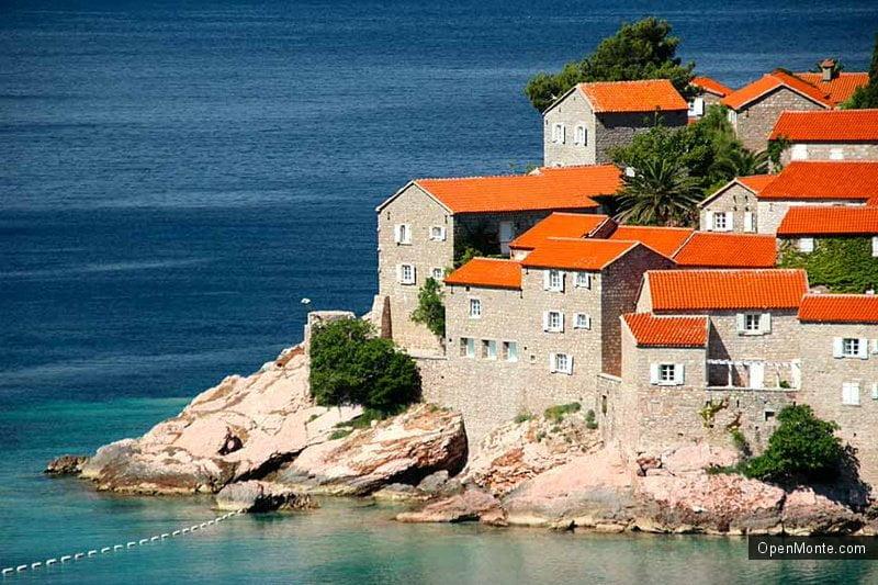 Статьи: Когда лучше отдыхать в Черногории?