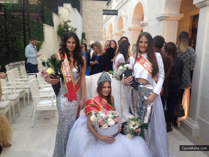 Фото Черногории: Фотопост: 12 претенденток на звание «Мисс Черногория», который прошел в Будве