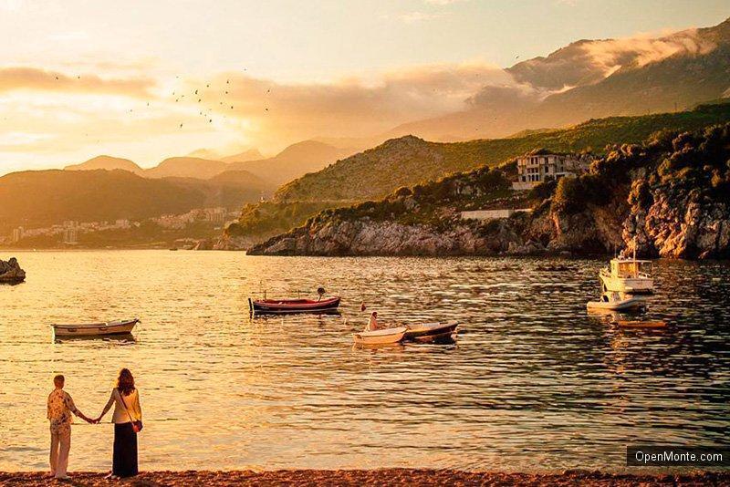 Проживание в Черногории: О Черногории: Бумеранг добра