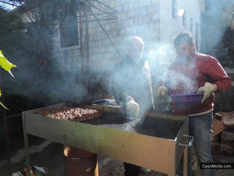 О Черногории: Фестиваль каштанов в Столиве