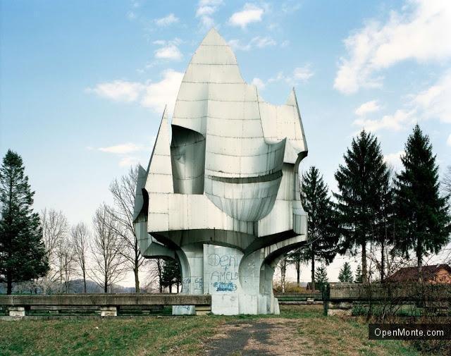 Не только Черногория: О Черногории: Югославские памятники, которые выглядят, как-будто они из фантастического фильма