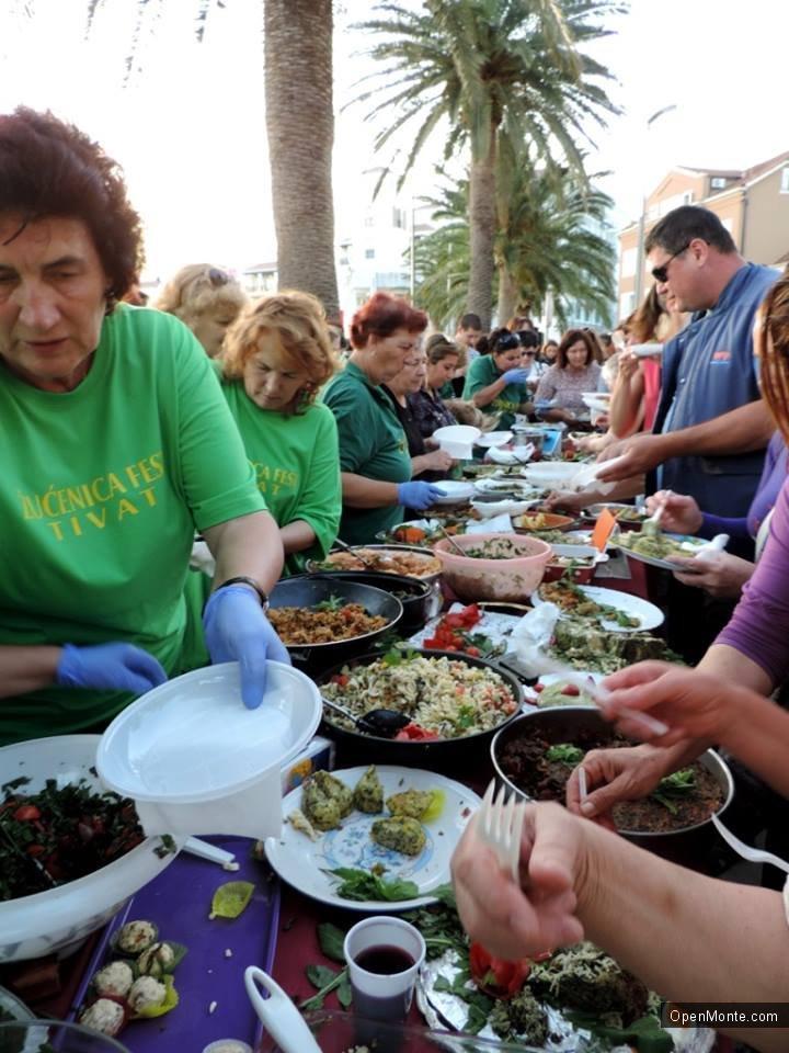 Проживание в Черногории: Что такое Žućenica fest  или фестиваль одуванчиков в Черногории