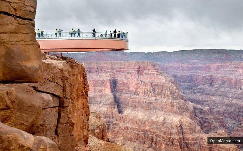 Это интересно: В Китае построили самый большой в мире стеклянный мост над пропастью