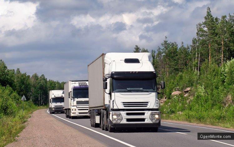 Проживание в Черногории: Особенности движения на дорогах Черногории: обгон колонны