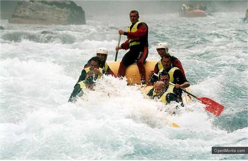 Новости Черногории: Этим летом все больше туристов выбирают рафтинг на севере Черногории