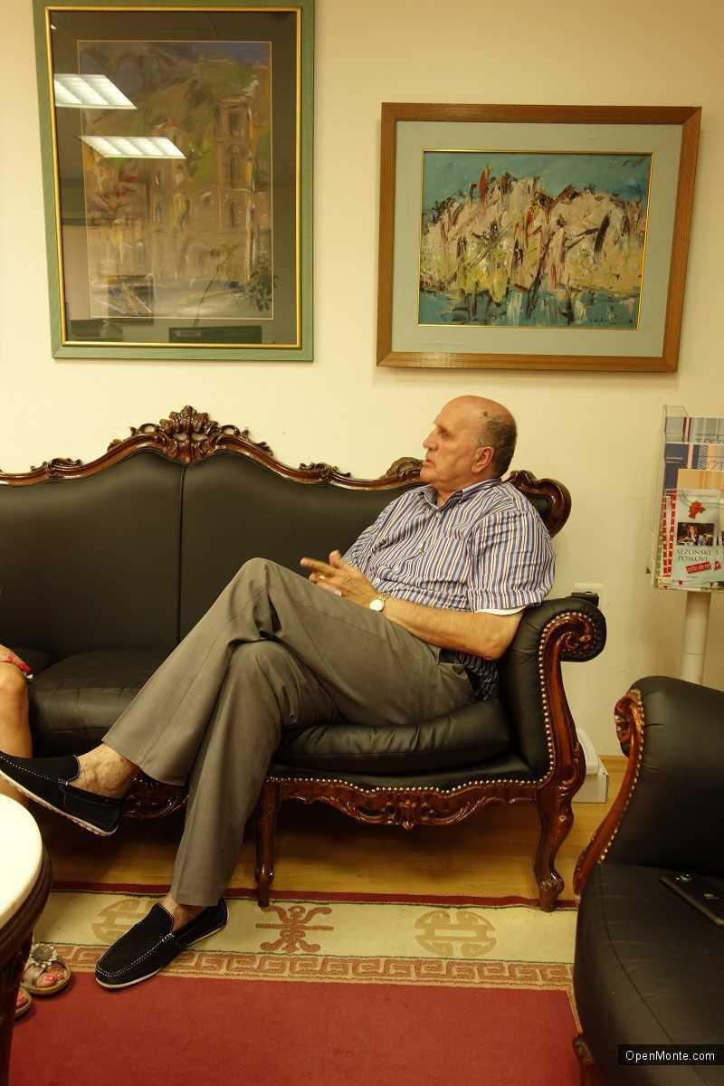 Проживание в Черногории: О Черногории: Веселин Орландич: «Наш факультет имеет одну особенность, которой нет у остальных факультетов в Черногории»