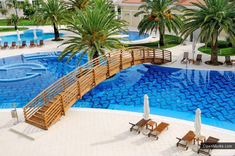 Новости Черногории: Почти миллион евро заработали владельцы отелей в Черногории в 2013 году