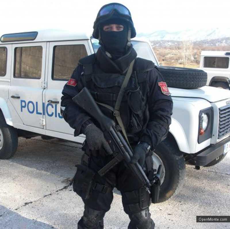 Новости Черногории: Войска спецподразделения прибыли в Бар