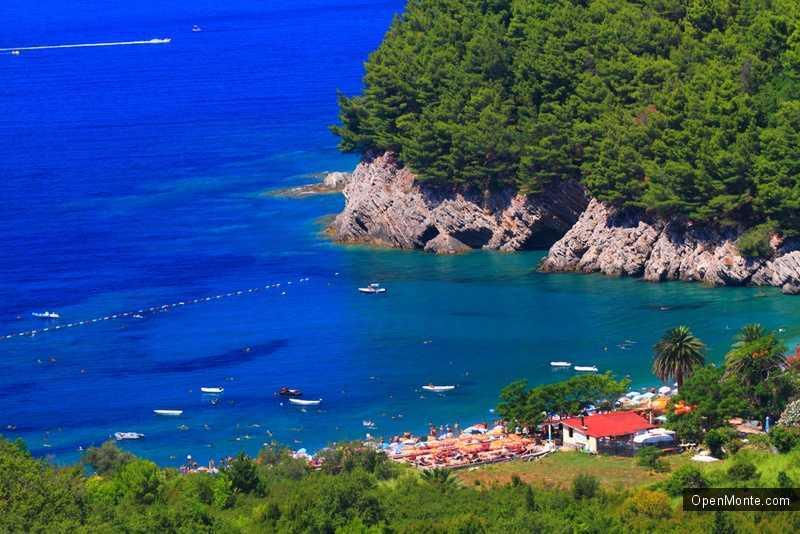 Новости Черногории: Число туристов, посетивших Черногорию в апреле, выросло на 11%