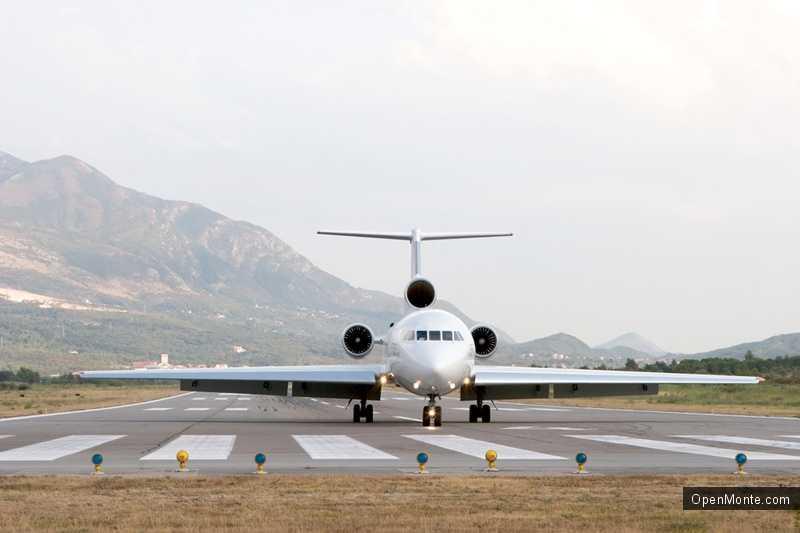 Новости Черногории: Качество работы Montenegro Airlines отметили наградой Brand Leader