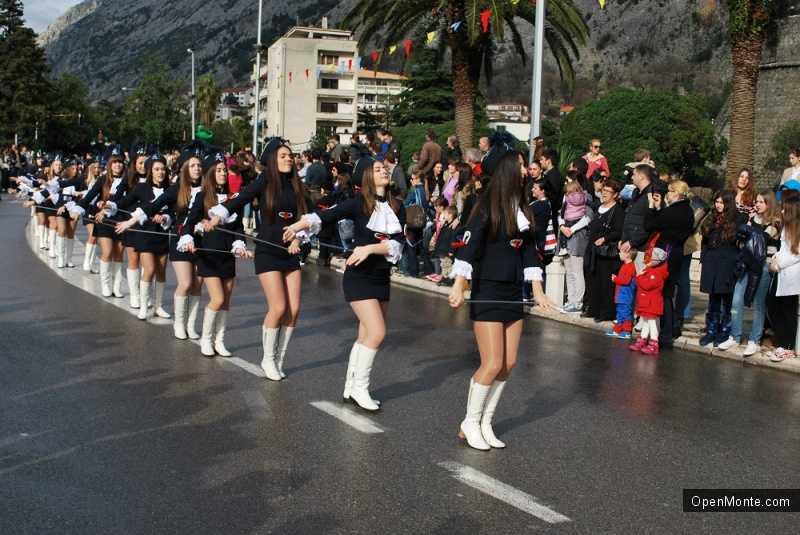 Фото Черногории: Зимний карнавал в Которе-2014