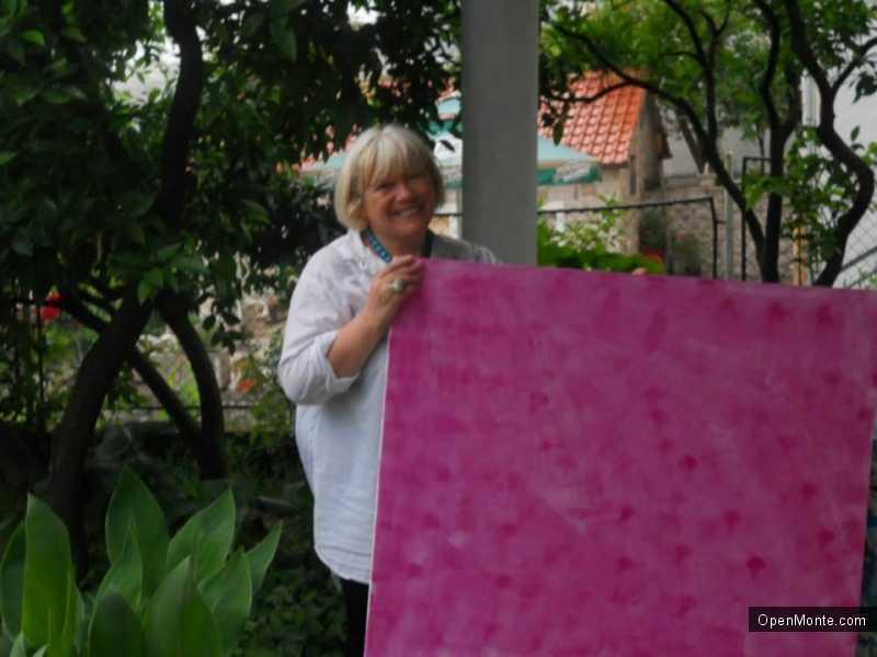Люди Черногории: Любовь Иванова: «Черногория своим бытом и колоритом располагает к творчеству»