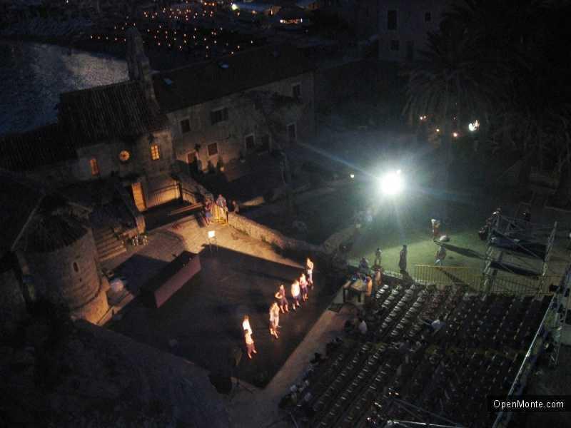 Проживание в Черногории: Черногорский театр: от истоков до наших дней