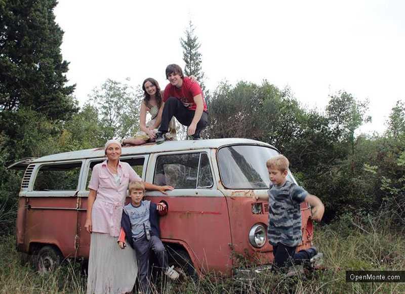 Люди Черногории: Алена Михайлова: Злата Олива — ни рабочих мест, ни экопоселения, никакой жизни