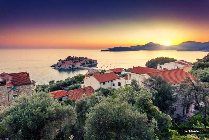 Новости Черногории: Началось строительство вилл с видом на остров Св. Стефана
