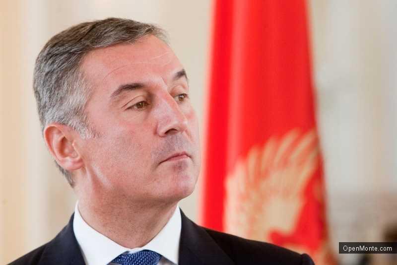 Новости Черногории: Мило Джуканович: Черногорию ждет экономический рост