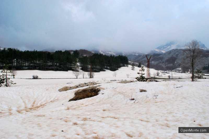 О Черногории: Черногория весной