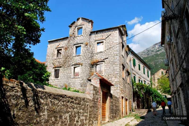 Фото Черногории: Из Негушей в Рисан
