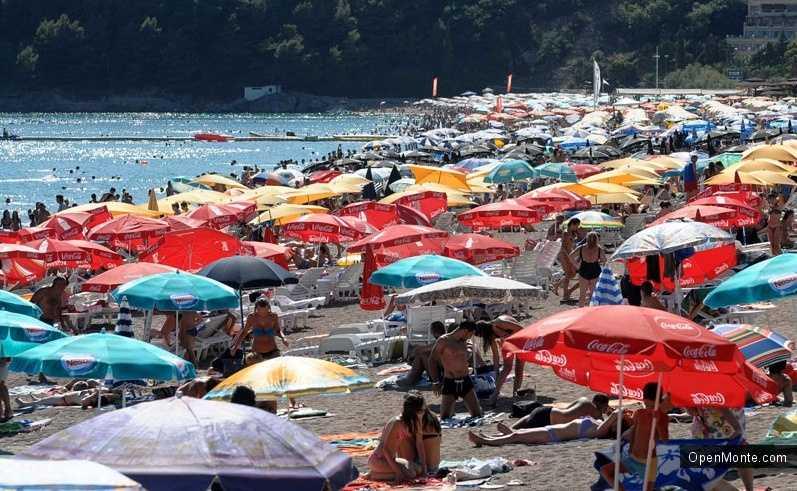 Новости Черногории: Штрафы выписаны 35 арендаторам пляжей Черногории