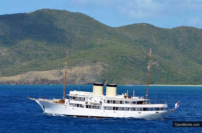 Новости Черногории: В Порто Монтенегро причалила любимая яхта Черчилля