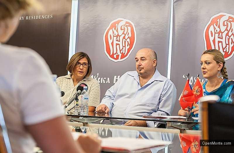 Новости Черногории: В отеле «Splendid» состоялась пресс-конференция накануне церемонии «Руска награда 2013»