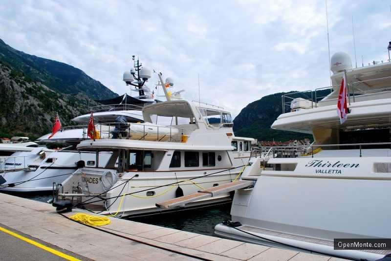 Новости Черногории: Миллионеры не оплачивают стоянку своих судов в портах Боко-Которского залива
