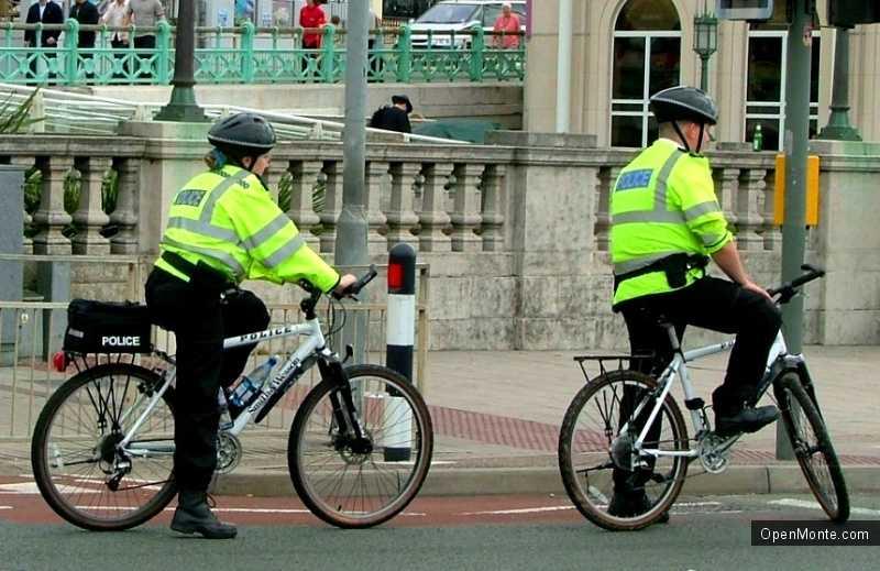 Новости Черногории: Автодорожная инспекция Тивата пересела на велосипеды