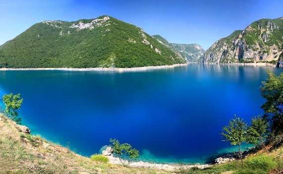 Новости Черногории: Удача для рыбаков: Пивское озеро пополнилось молодой рыбой