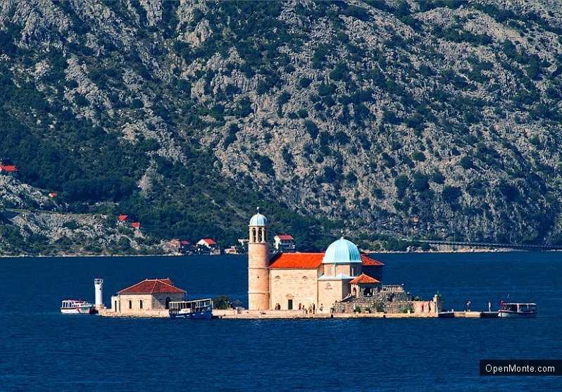 О Черногории: остров Госпа од Шкрпела