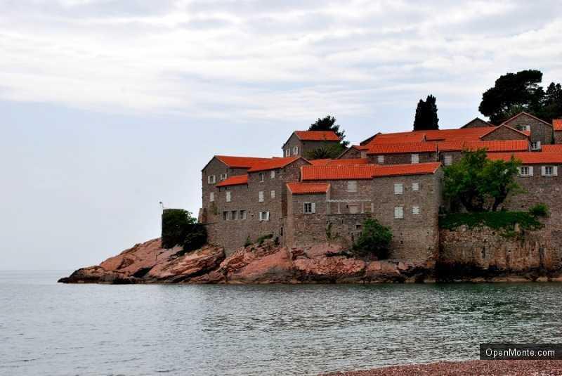 О Черногории: остров Святого Николая